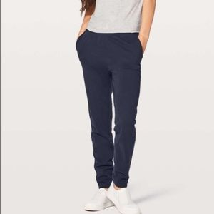 Lululemon Free to Roam French Terry jogger